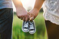 Kätilöt eivät lykkää lapsentekoa – miksi muut lykkäävät?