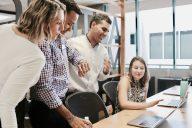 Hyvä apuvälinefirman johtaja vaihtaa uhkapelin strategointiin vakaalta pohjalta