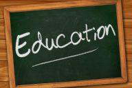 Koulutuksesta leikkaamalla valtio säästää ensin vähän ja häviää sitten paljon